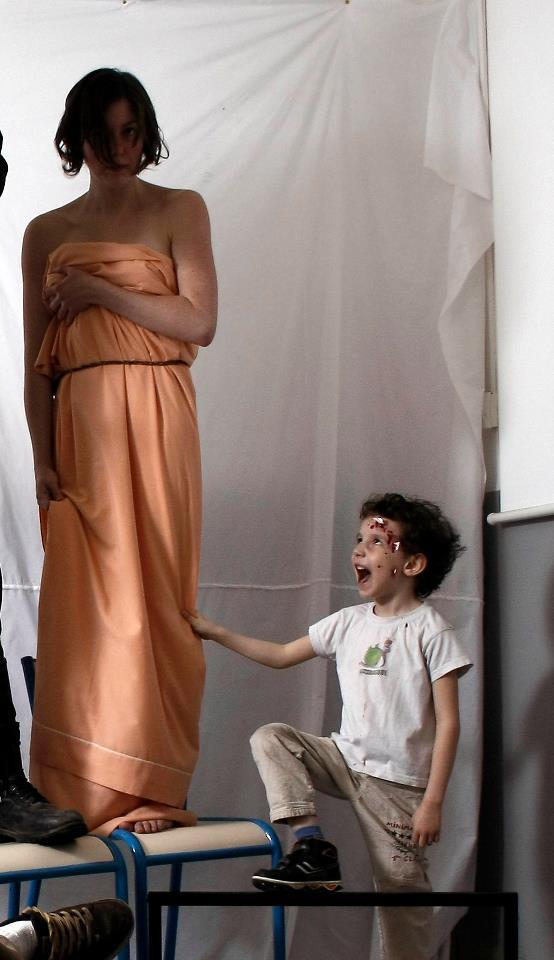 making of lors de la séance photo de la liberté guidant le peuple. gavroche et la liberté © Kevin Amiel