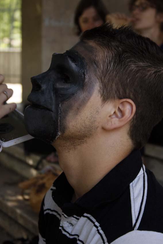 maquillage et prothèse sur-mesure réalisés par alexia pasquet, vue de profil © Kevin Amiel
